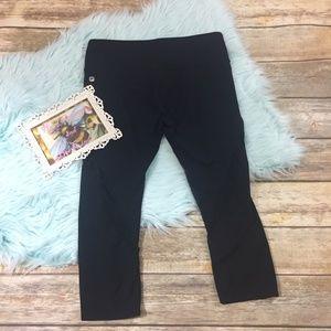 Fabletics mesh active capri  pants sz M